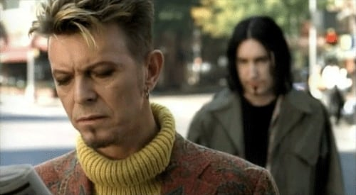 """Bowie and Trent Reznor in the video of """"I'm Afraid of Americans"""""""