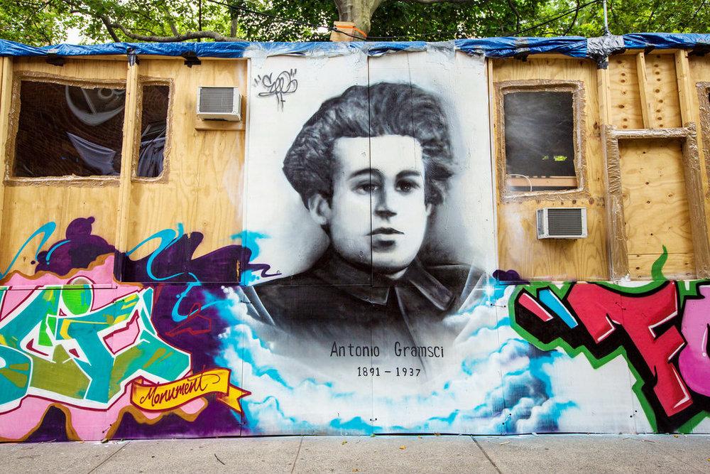 Thomas Hirschhorn, Gramsci Monument (Bronx)