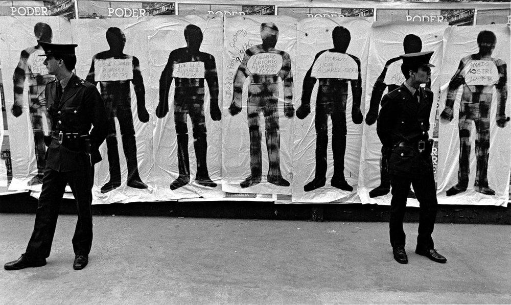Eduardo Gil,Silhouettes and Cops (Argentina, 1983)