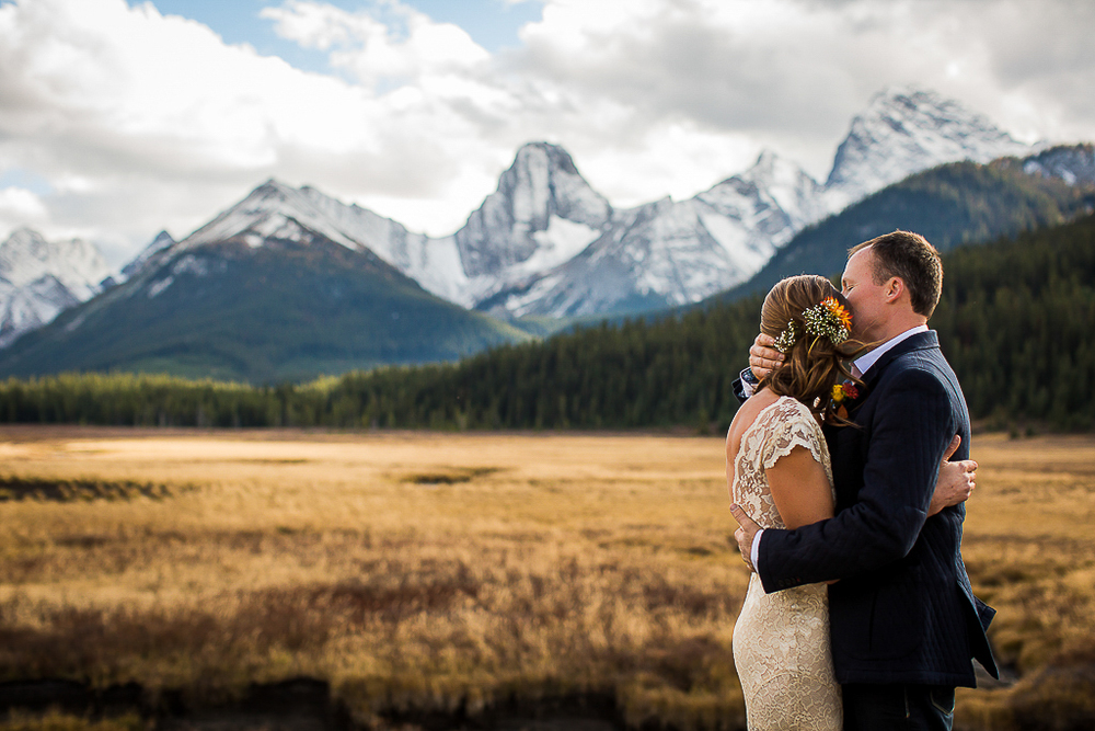 Wedding Photography at Mount Engadine Lodge | Elopement Wedding | Canmore Wedding Photography