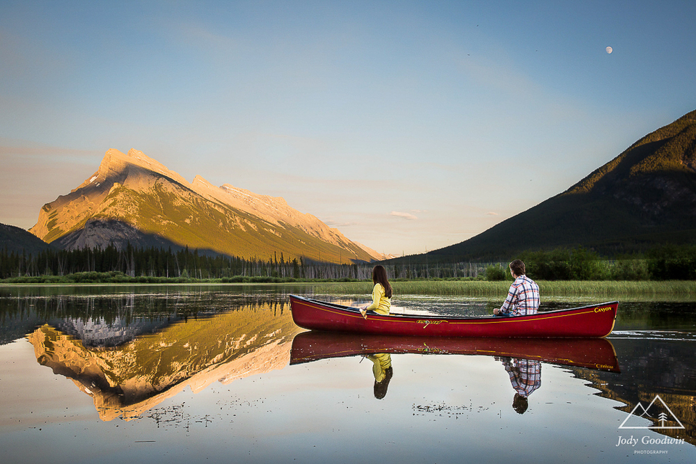 Canoe Engagement Session | Banff National Park | Banff Engagement Photography