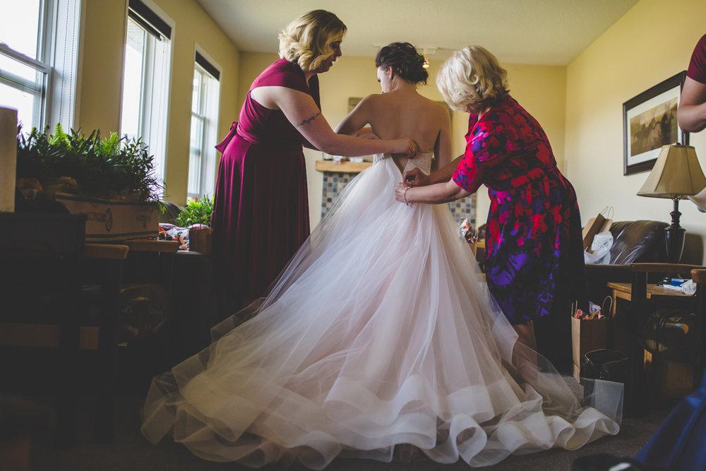 Samesexweddingphotography-35.jpg