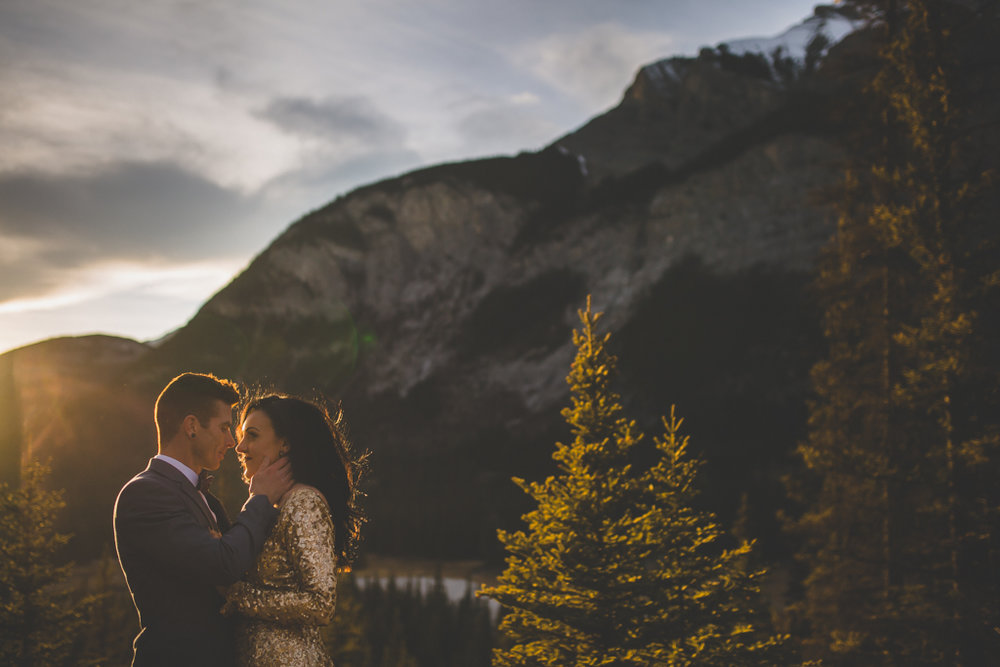 StormMountainLodgeWedding-43.jpg