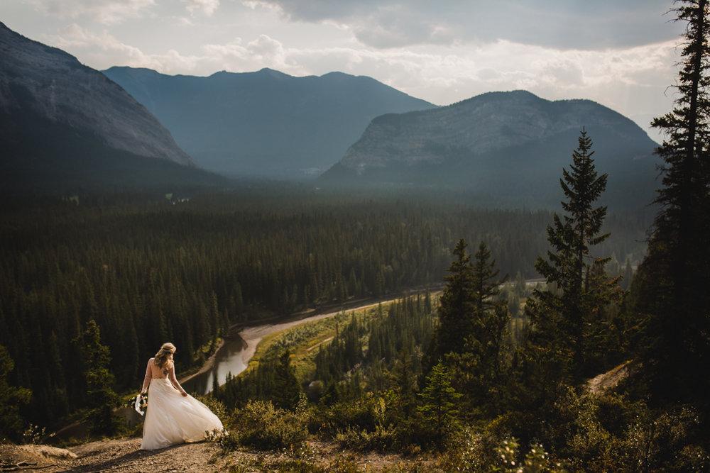 BanffWeddingPhotography-60.jpg