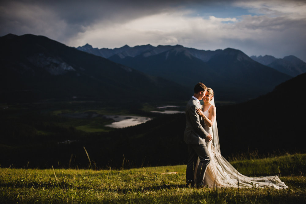 BanffWeddingPhotography-34.jpg