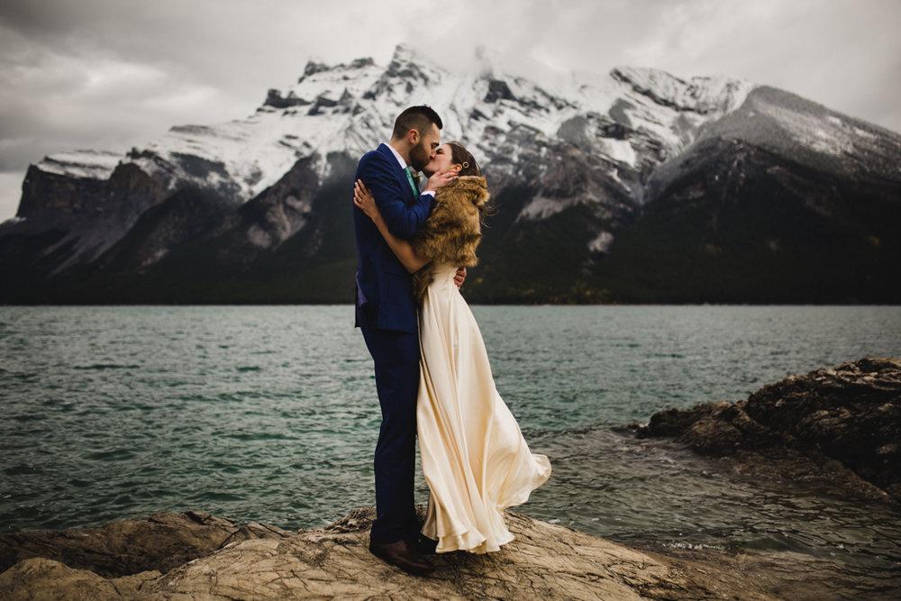BanffWeddingPhotography-75.jpg