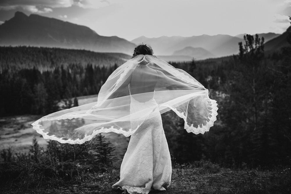 BanffWeddingPhotography-51.jpg