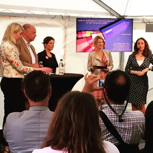 Our panelists Martina Eling-Pers, Programme Manager at the International Council of Swedish Industry, Pär Larshans, Head of Sustainability at Ragn-Sells, and Helena Pharmanson, Head of Communication at Humana, discussing values-driven leadership in a transparent world during our seminar this morning. #almedalen #valuesdriven #companyculture #leadership