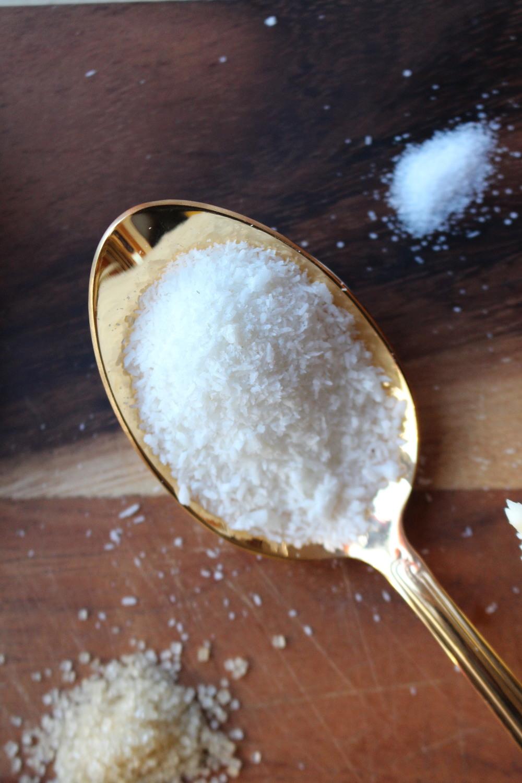 coconut-flakes-flour