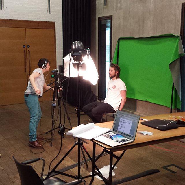 #allthatsmissingisyou #bellaandthebear #greenscreen #filming #cafemissing #makingof #rehearsal