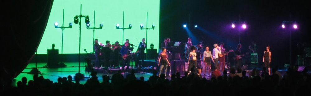 Belle & Sebastian - Radio City Music Hall NYC 10 June 2015 21.jpg