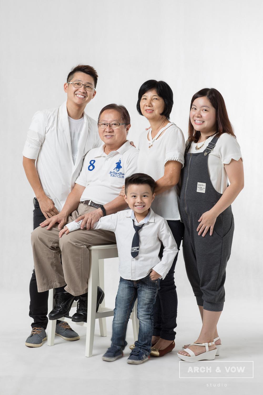 Siang_s Family-009.jpg