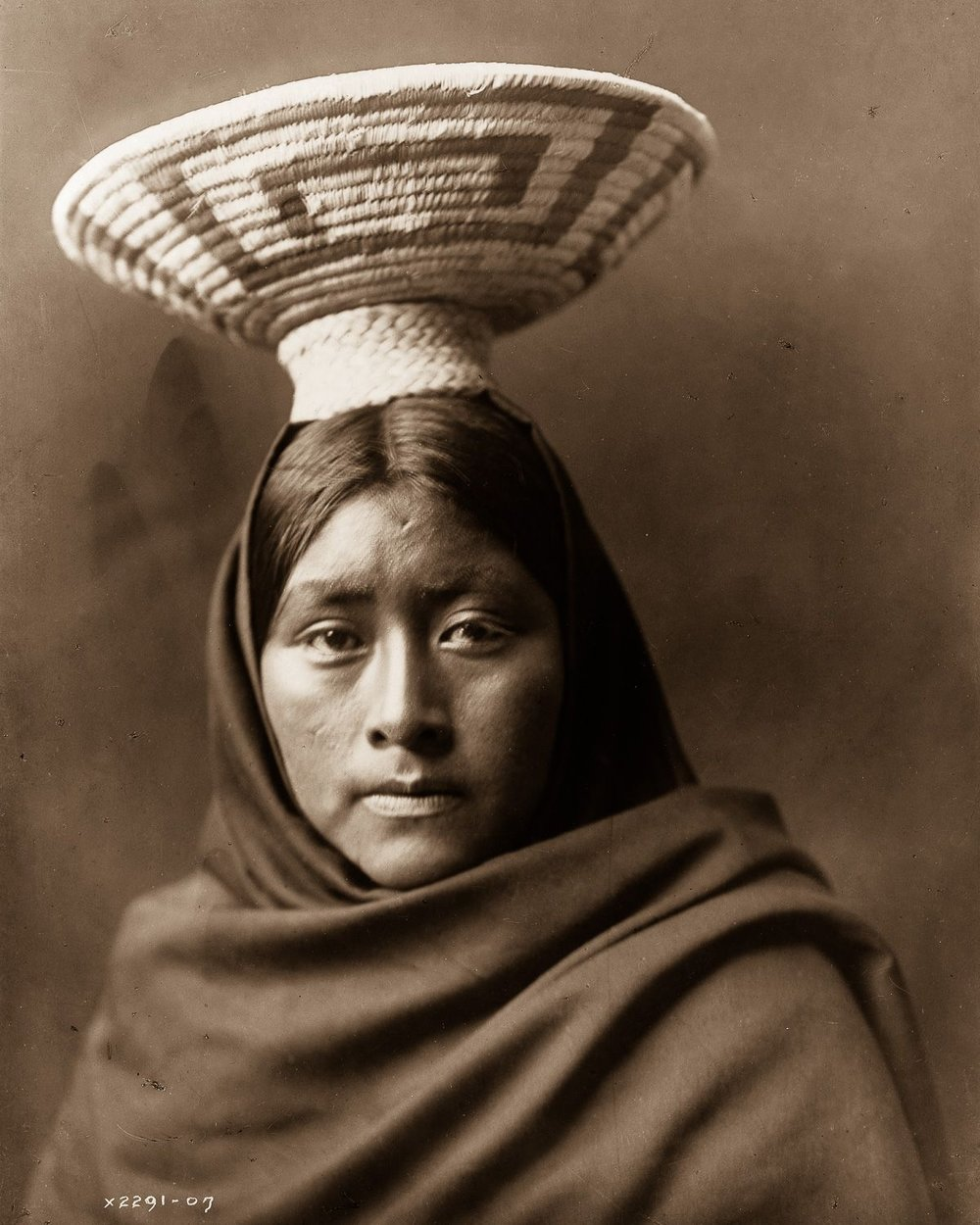 Luzi, of the Papago tribe,  1907.    ©EDWARD S. CURTIS/LIBRARY OF CONGRESS