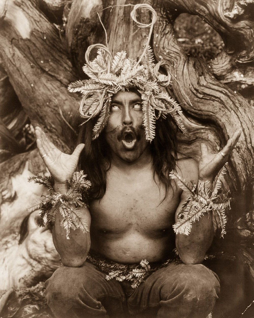 A Kwakiutl shaman performs a religious ritual,  1914.  ©EDWARD CURTIS/LIBRARY OF CONGRESS