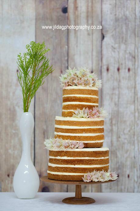 naked cake1.jpg