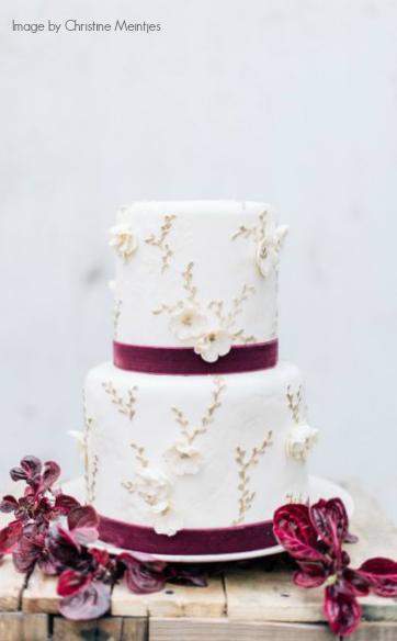 Christine-Meintjes_Jewel-Tone-Wedding-Inspiration_0216.jpg.pagespeed.ic.pOMx7bqcaH.jpg