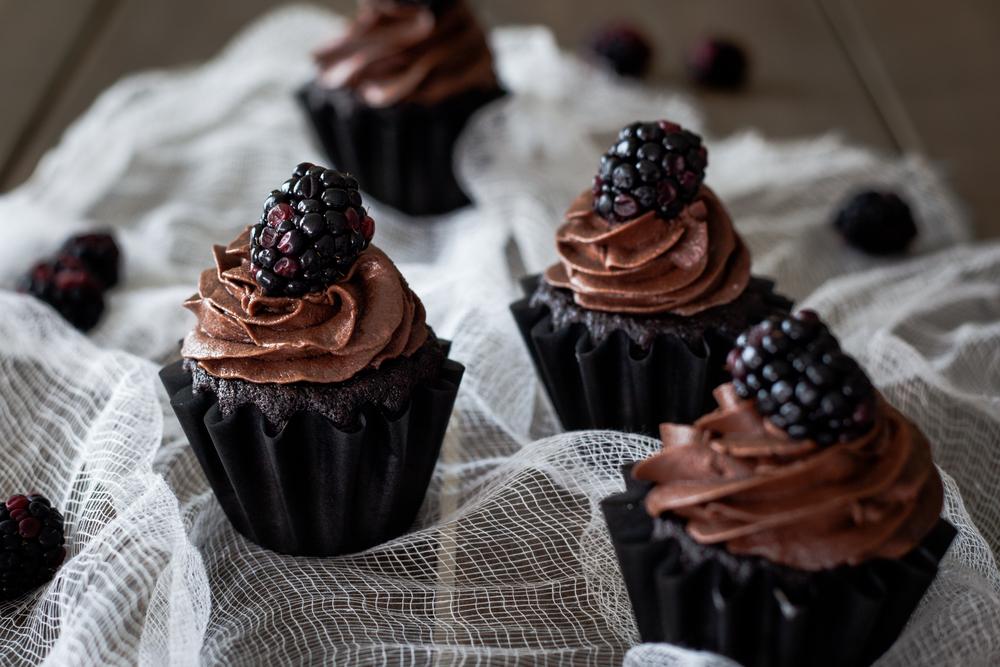 Cupcake shoot-4.jpg