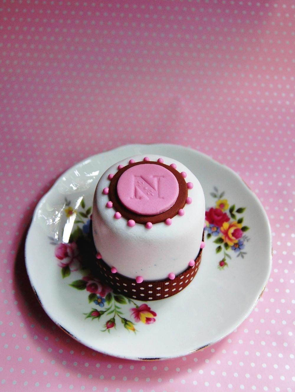 new cakes 005.jpg