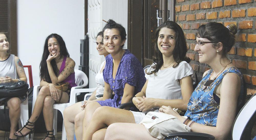 Ju, Re, eu e as lindas Naiara e Cristal dos blogs: Pedal Glamour e Um Ano Sem Lixo.