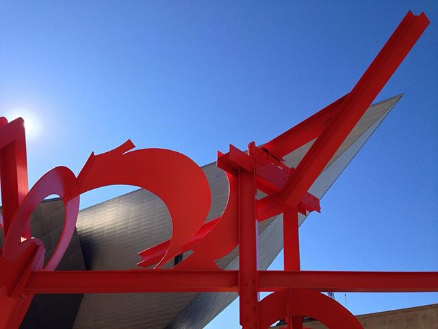 Took advantage of first Saturday, free day @denverartmuseum! @cityofdenver #sculpture #denver #red #art #🎨