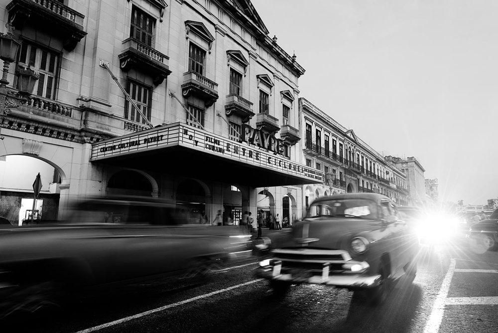 And old Yank Tank, Old Havana. ©Jens Lennartsson
