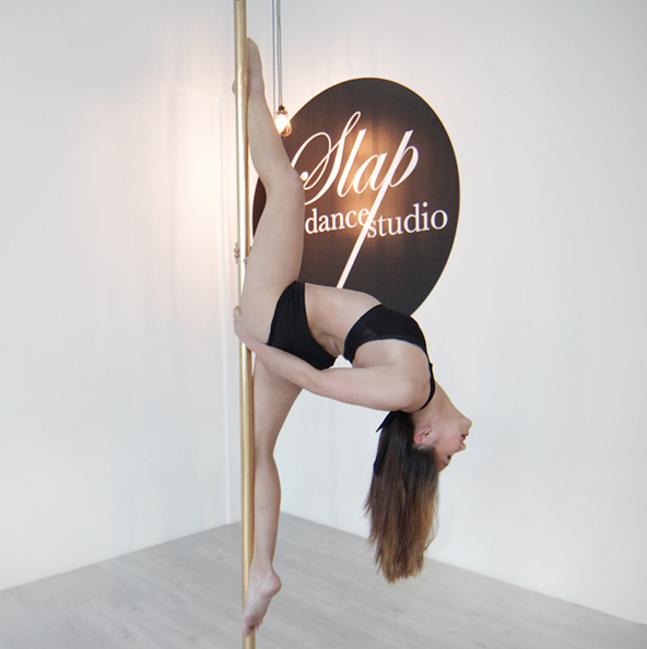pole_dancer_angelene.jpg