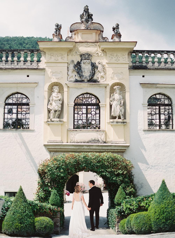 AUSTRIAN CASTLE ROMANCE