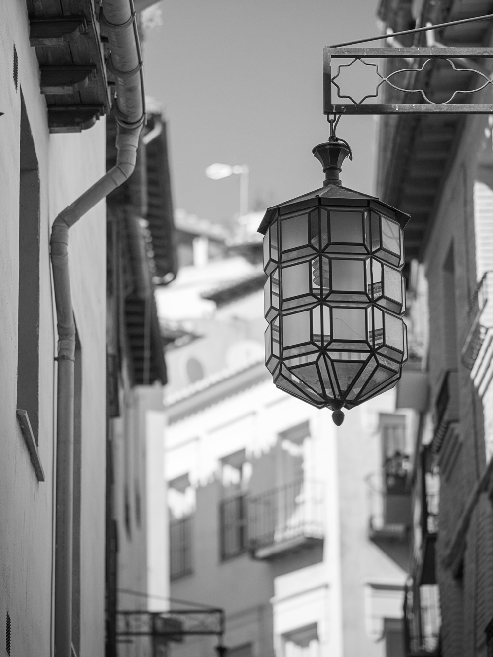 Street Lamp on the way to Old Town, Granada, España