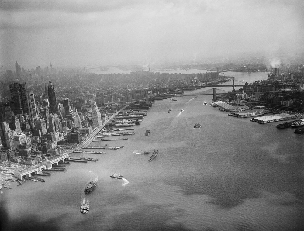 New York Harbor, May 27, 1960