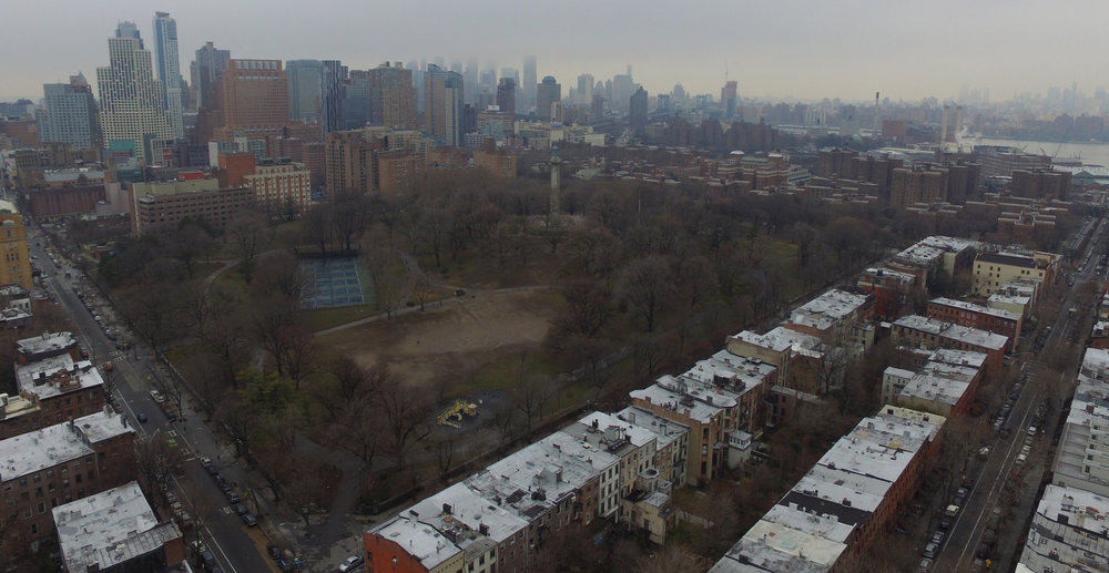 Fort Greene Park southeast corner, facing northwest. Photo: Darryl Montgomery, 2017.
