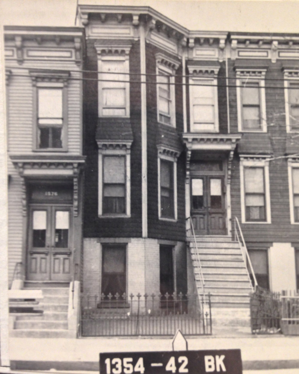 1574 Bergen Street, early 1940s. Department of Finance collection, NYC Municipal Archives.