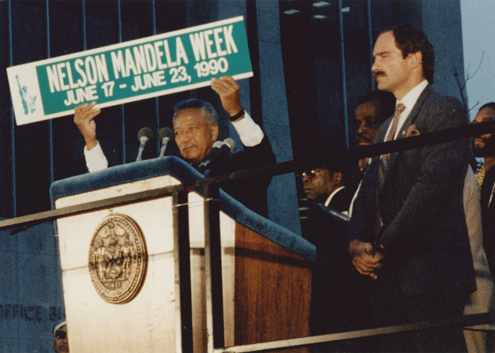 Mayor Dinkins proclaims Nelson Mandela Week, June 17 – June 23, 1990, at a Harlem rally for Nelson Mandela.  June 21, 1990. Mayor David N. Dinkins Photograph Collection, NYC Municipal Archives.