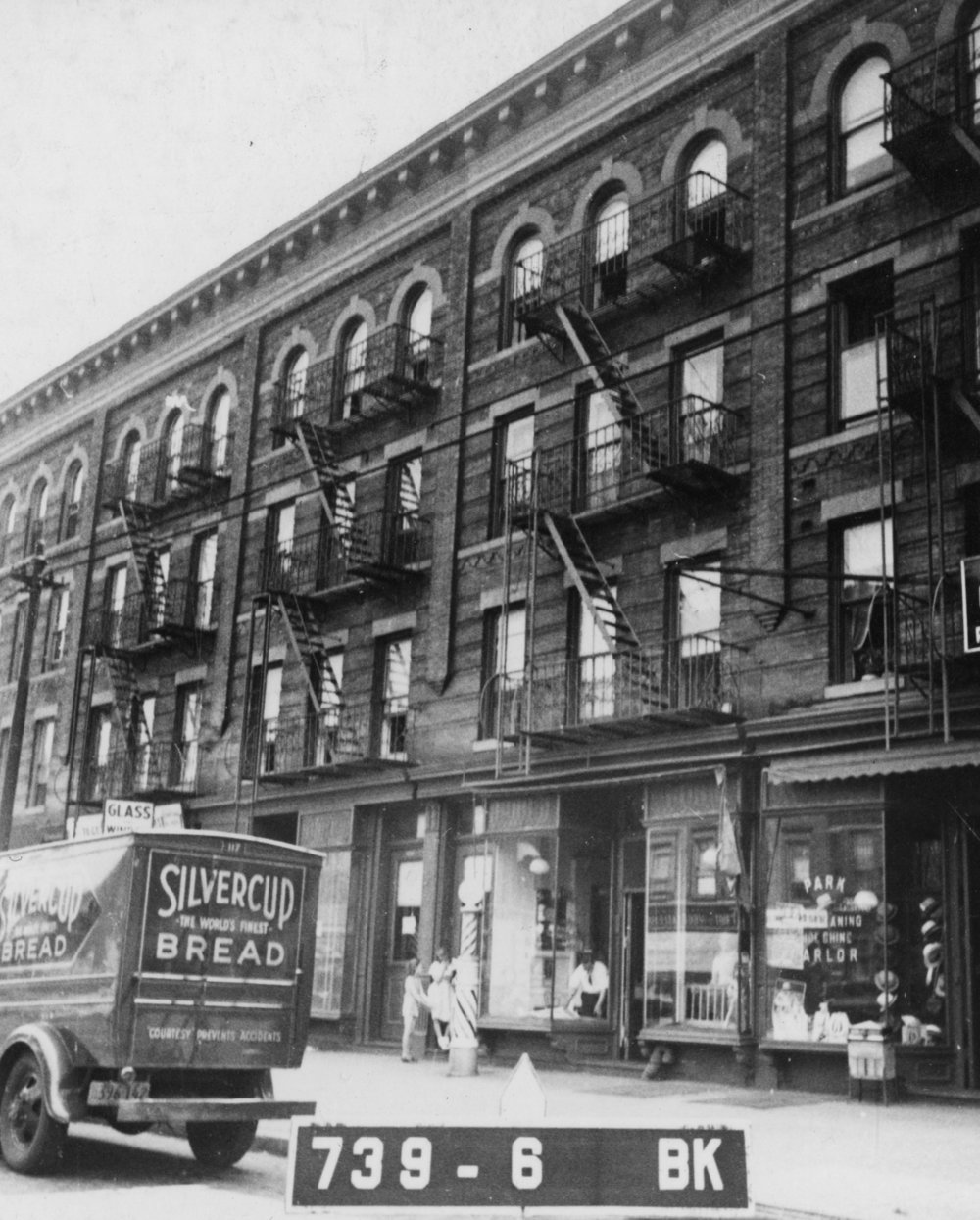 4409 5th Ave, Brooklyn, NY, circa 1940. NYC Municipal Archives.