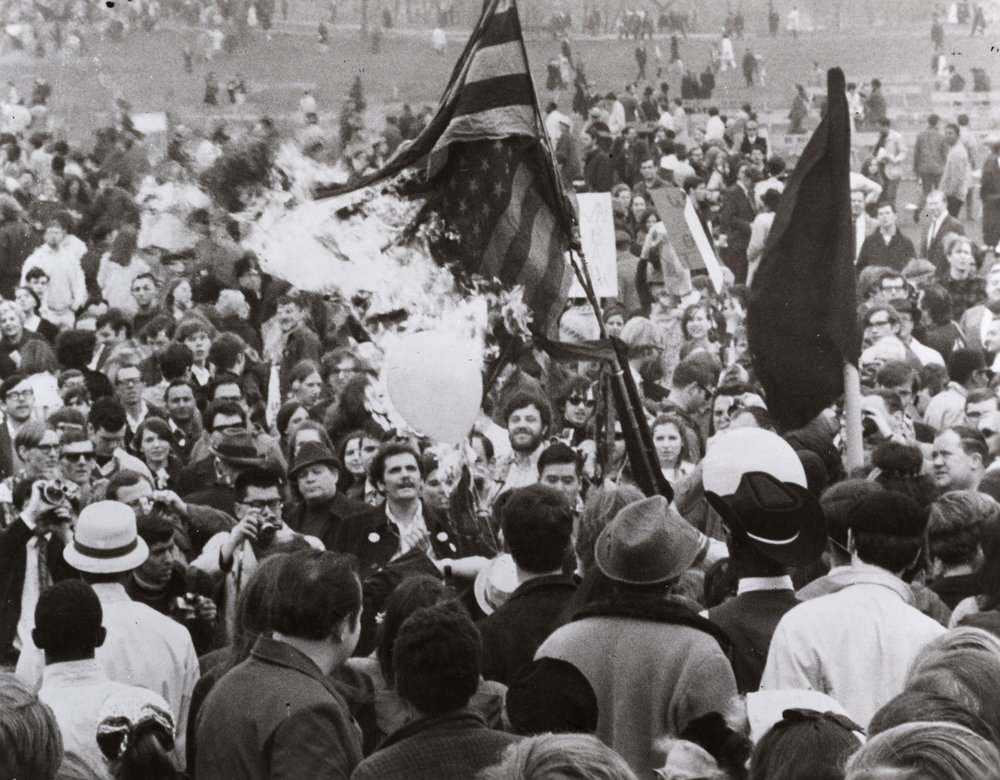 Spring Mobilization Committee, flag burning