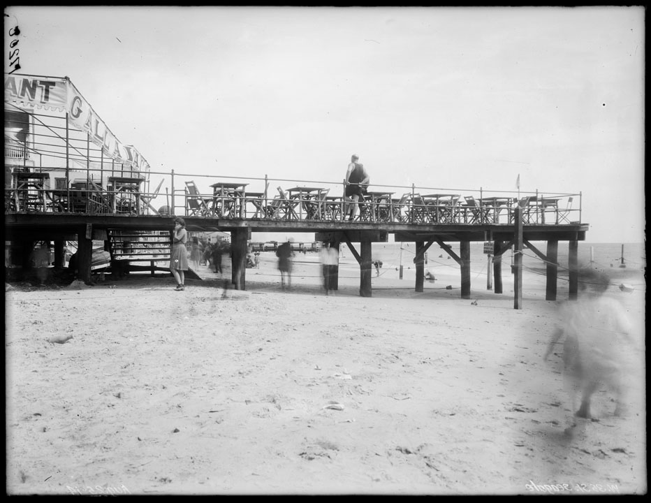 West 35th Street, Seagate, Brooklyn,Recreation Pier, August 25, 1914. Department of Docks and Ferries Collection, NYC Municipal Archives.