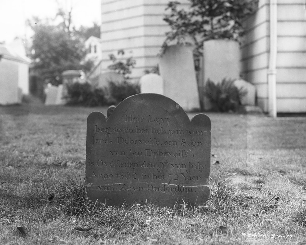 Churchyard of Dutch Reformed Church of Newtown, Queens, September 14, 1927. Borough President Queens Collection, NYC Municipal Archives.