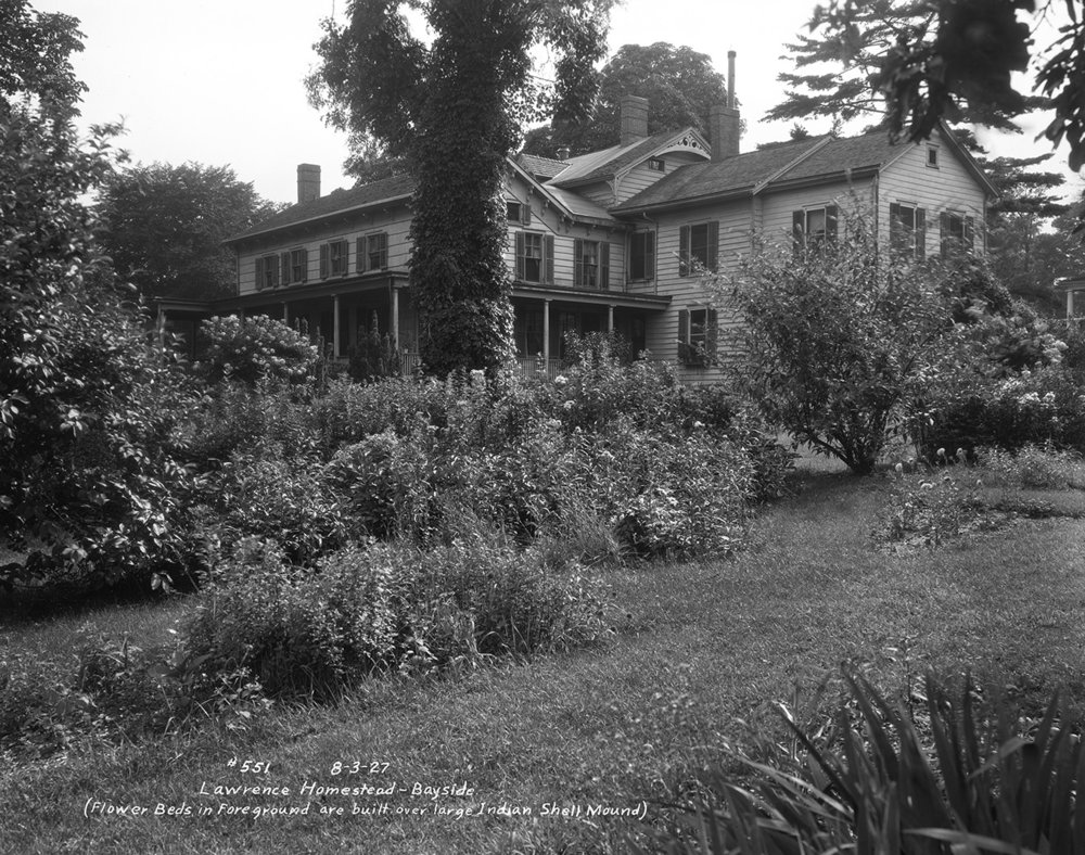 Lawrence Homestead, Bayside Queens, built on the site of a shell midden, September 3, 1927. Borough President Queens Collection, NYC Municipal Archives.