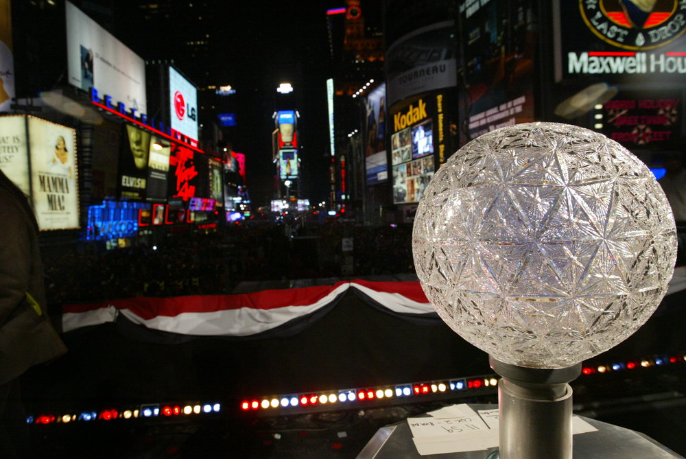 The Crystal Ball Controller, Times Square