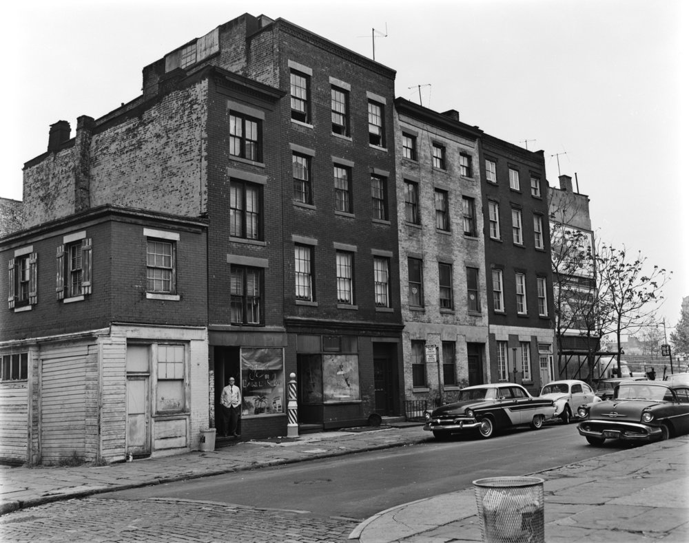 Cadman Plaza area, Brooklyn Heights, May 1962. Photographer unknown.