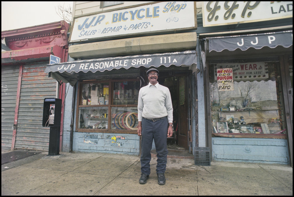 111 Rockaway Avenue, East New York, Brooklyn, September 1996. Photograph by Larry Racioppo.