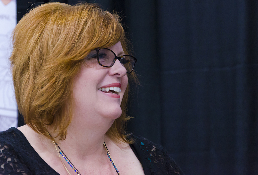Gail Simone at the 2015 Edmonton Expo (photo credit: Charles Cousins, GNN)
