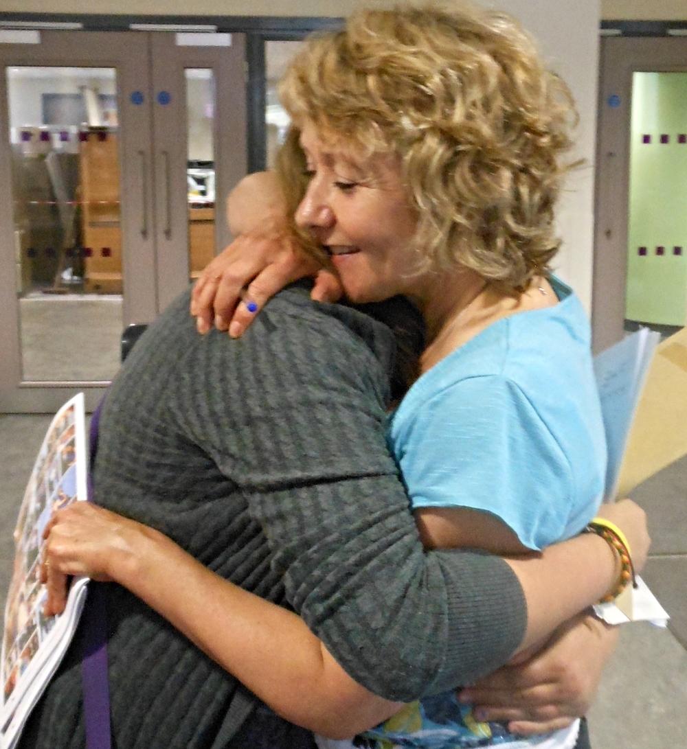 mummy hug (2).jpg
