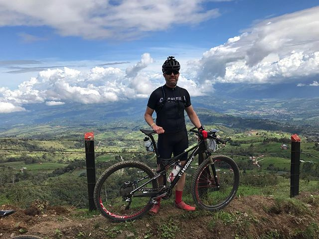 Local Bad Ass David Cutler at La Ruta de Los Conquistadores.  Brutally hard event.  Chapeau David!  #larutadelosconquistadores #cognitioncyclery #iamspecialized #offroad #mountainbike #costarica