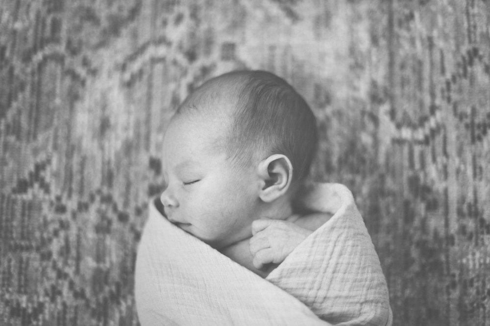 2018.02.09_LydiaJane_Newborn_Starks-0038.jpg