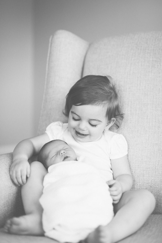 2018.05.23_EleanorNicholas_Newborn_Starks-0060.jpg