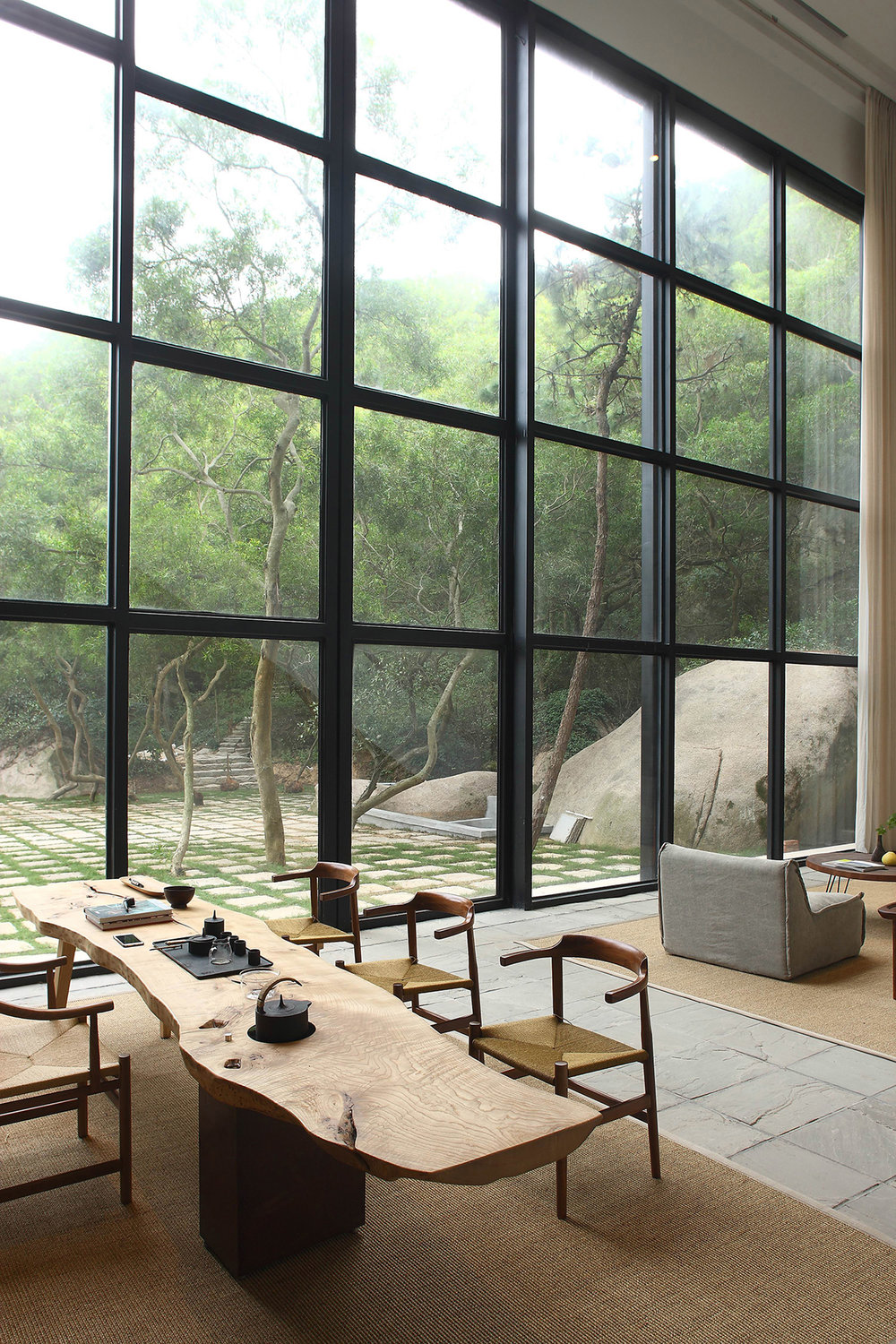 Natural Wabi Sabi elements in a modern home.