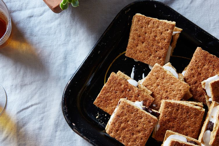 Image: Califia Farms - Big Kid Hot Day S'Mores recipe