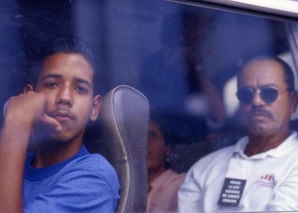 Cuba_people-in-car-Cuba080.jpg