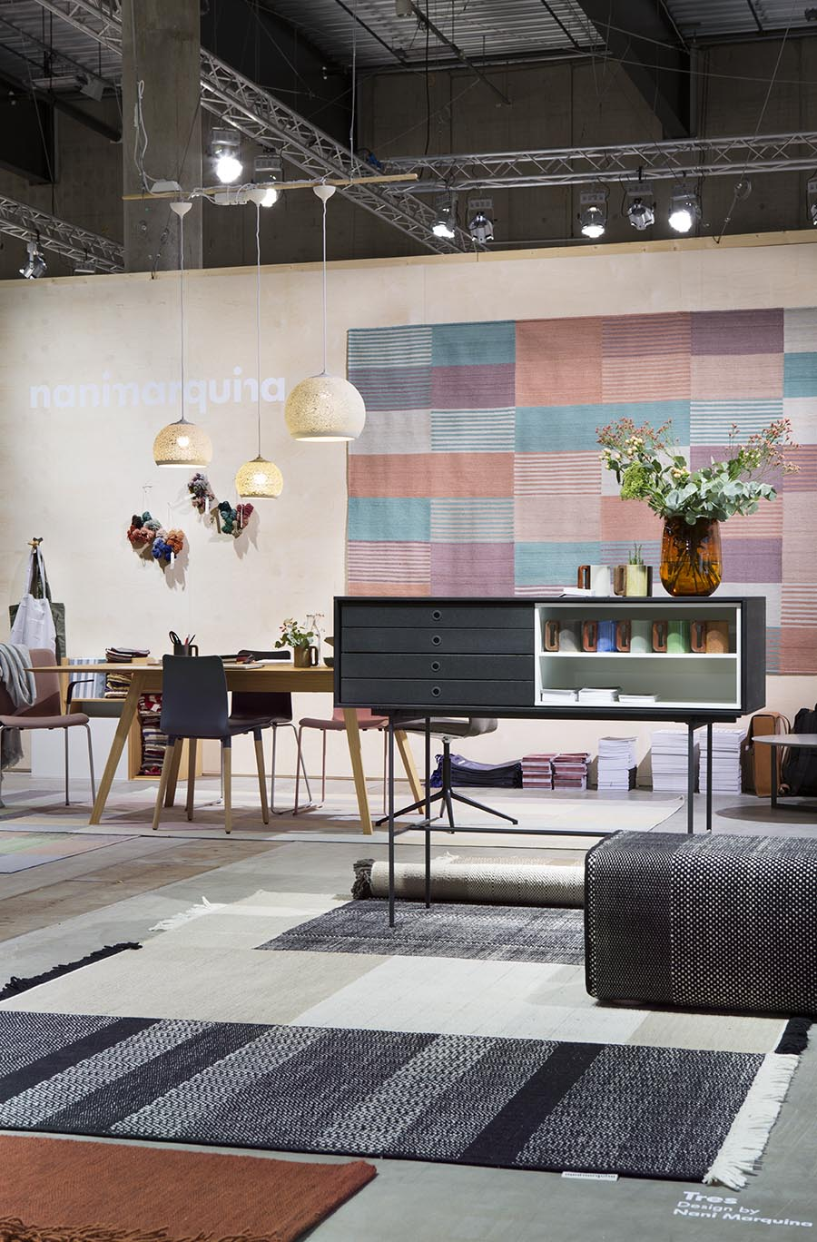 The Noes stand with a selection of Spanish design represented - Treku modular furniture, ceramic mugs by Matimañana, terracotta Sponge Up lamps by Pott and rugs from Nanimarquina.