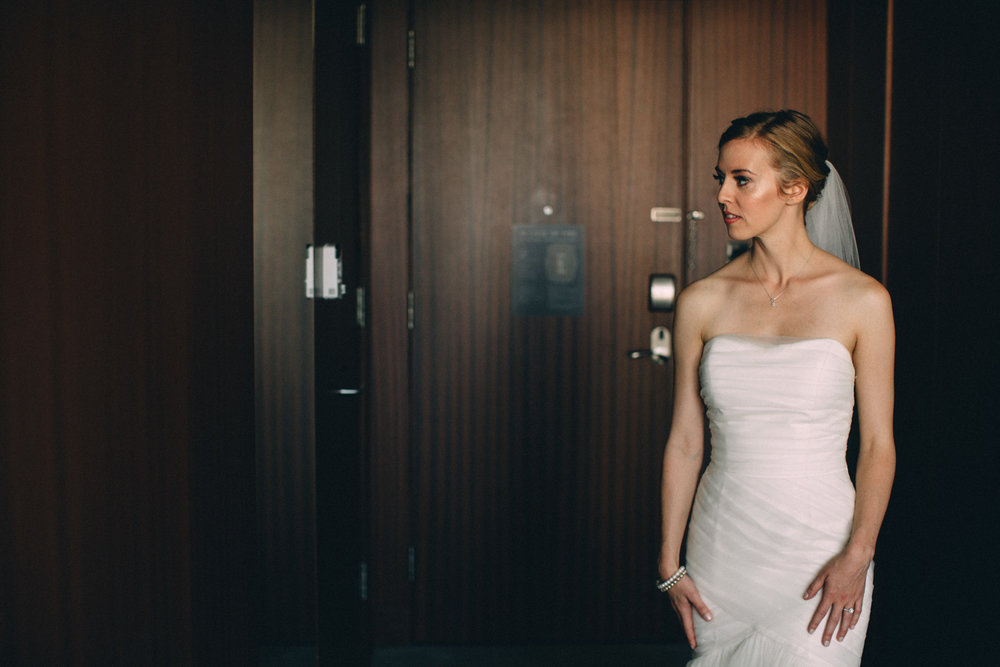 Knox-College-Toronto-wedding-photos-by-Sam-Wong-of-Artanis-Collective_16.jpg